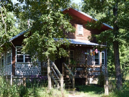 Unique 10 Acre Homestead : Fox : Stone County : Arkansas