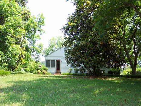 7.29 Acres & Home : Sandersville : Washington County : Georgia